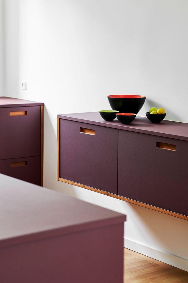 FormPlus-Plus2-linoleum-burgundy-2