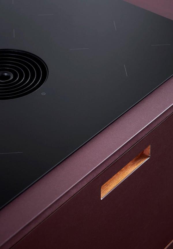FormPlus-Plus2-linoleum-burgundy-4