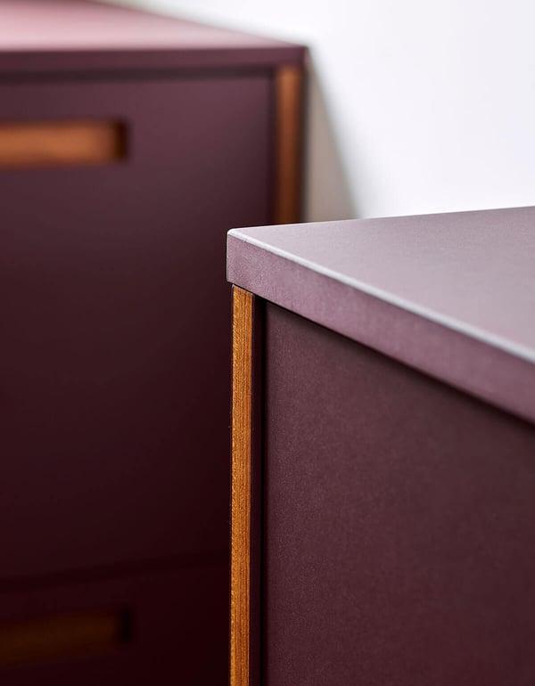 FormPlus-Plus2-linoleum-burgundy-6